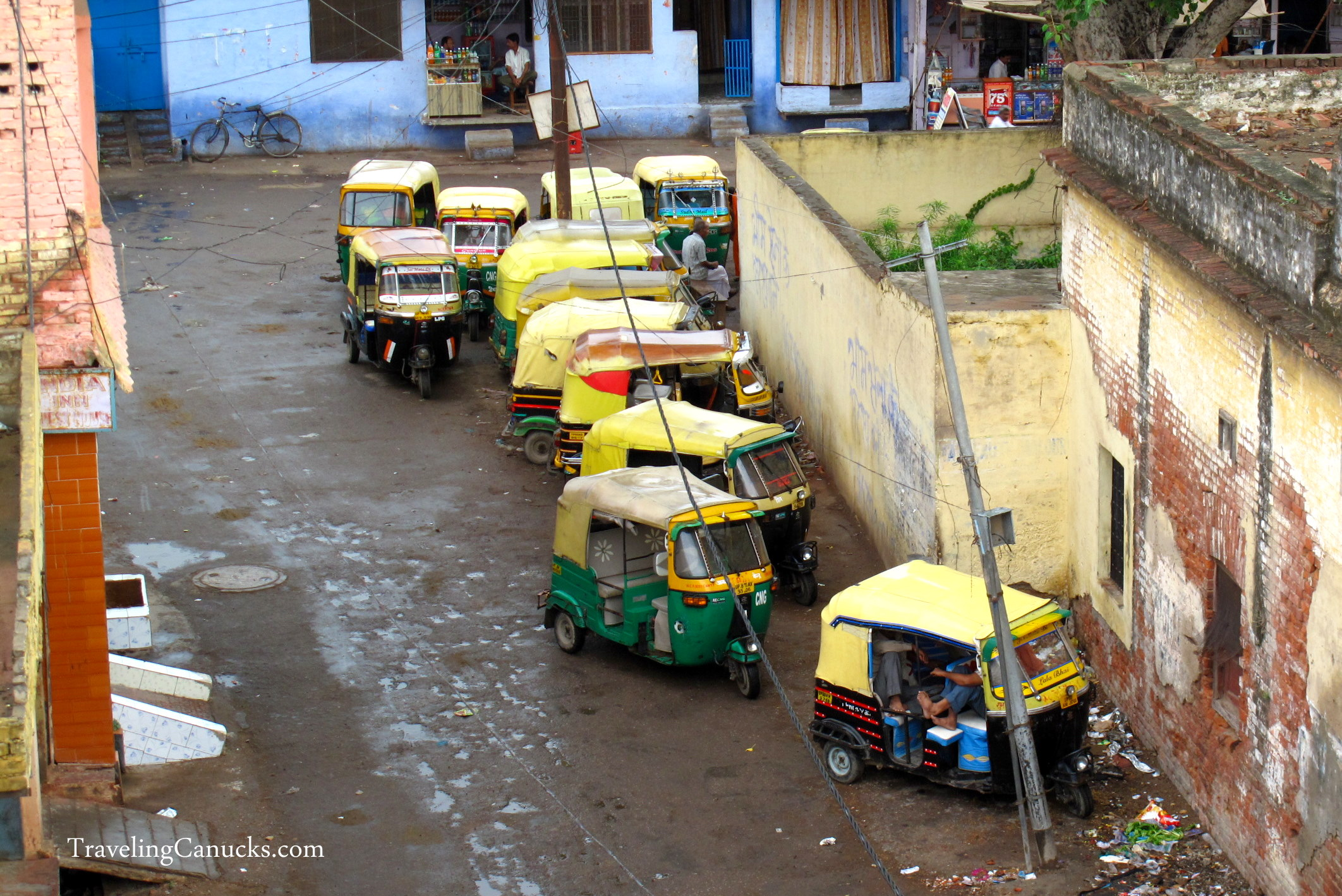 Transportation in India: What the Tuk-tuk?!