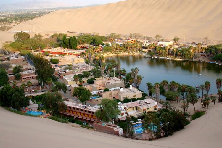 Huacachina desert oasis Peru sand dunes