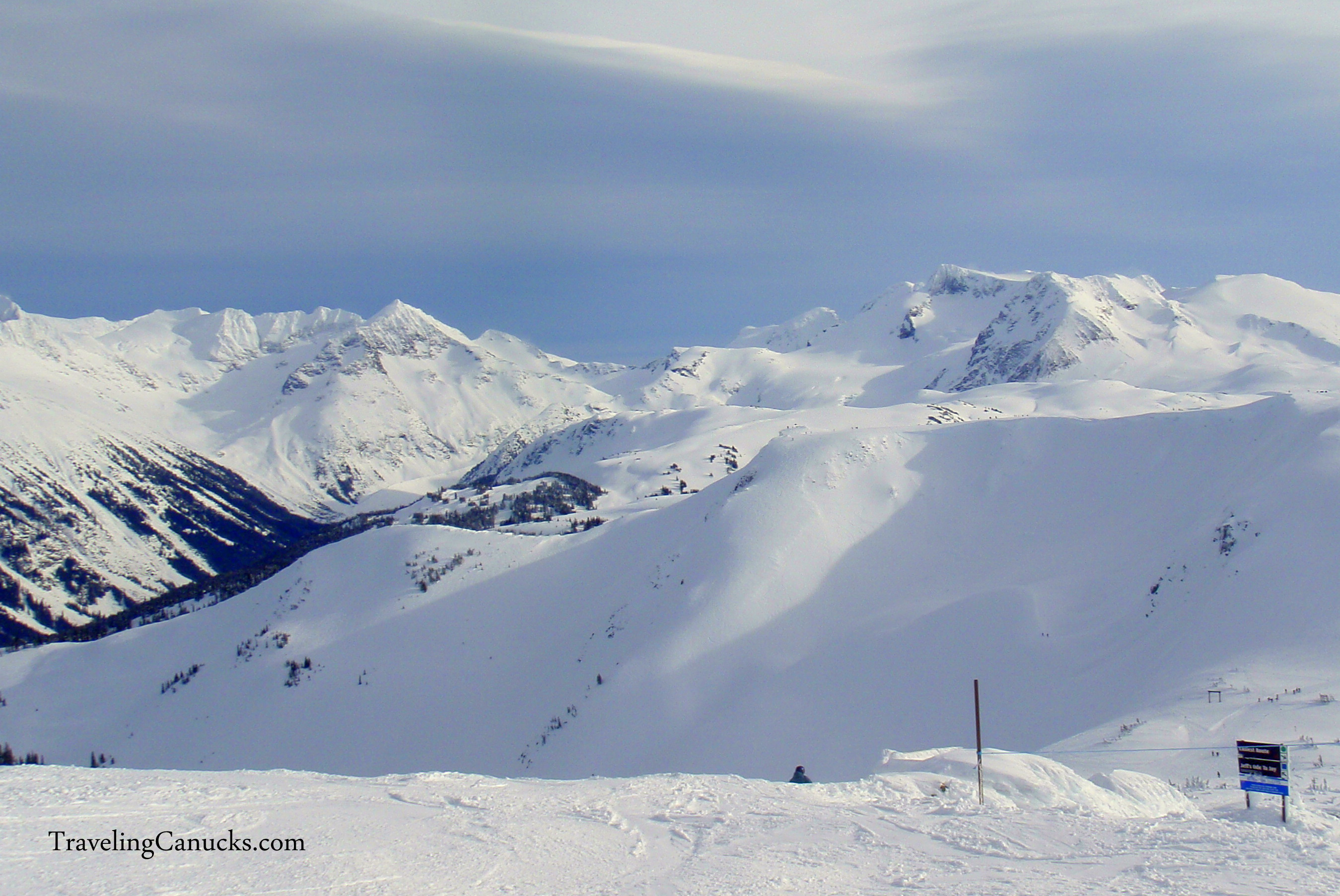 Video: Snowboarding Whistler Mountain, Canada