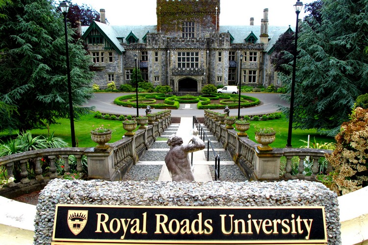 royal roads university castle, things to do in Victoria British Columbia