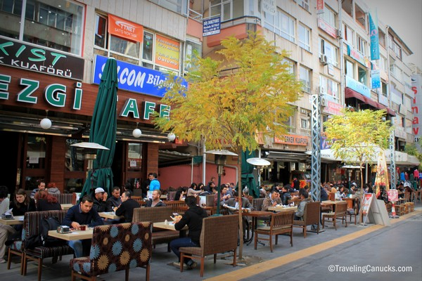 outdoor street patios in Kizalay, things to do in Anakara Turkey