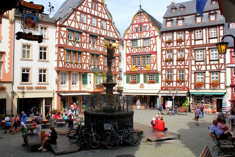bernkastel kues timber houses Mosel River Valley, Germany