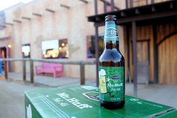 Mr Huff Pale Ale, Hop City Brewing
