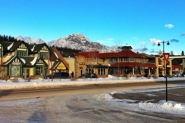 Jasper Might Just Be The Most Canadian Town In Canada