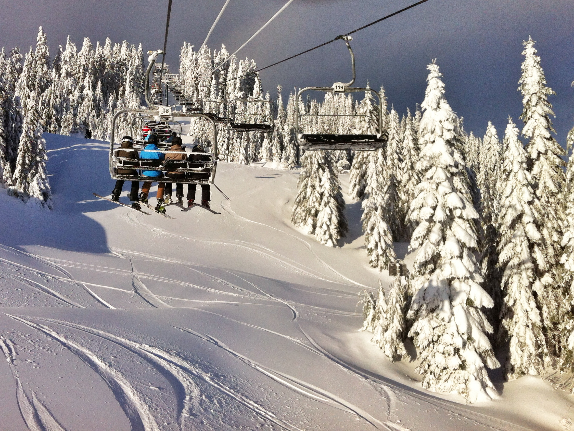 PHOTOS: Snowboarding season has arrived in Vancouver!
