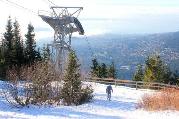 peak-christmas-grouse-mountain-34
