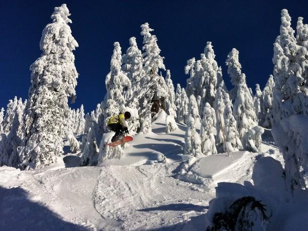 snowboarding-cypress-mountain-02