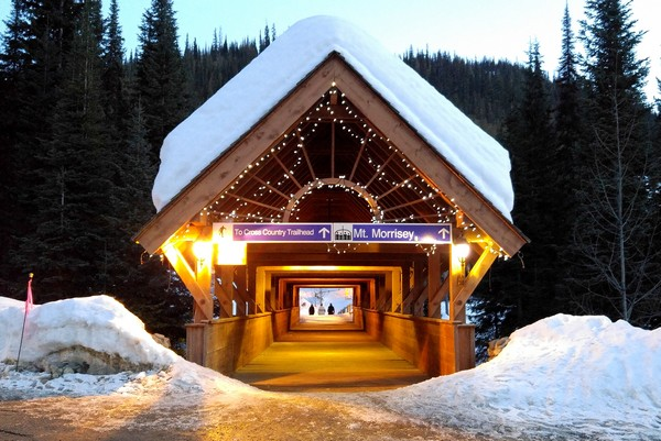 Sun Peaks Resort, bridge to Mount Morrisey