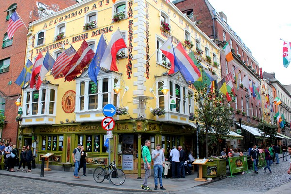 Pub, Temple Bar, Dublin, Ireland