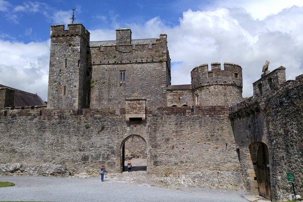 ireland-road-trip-castle-007