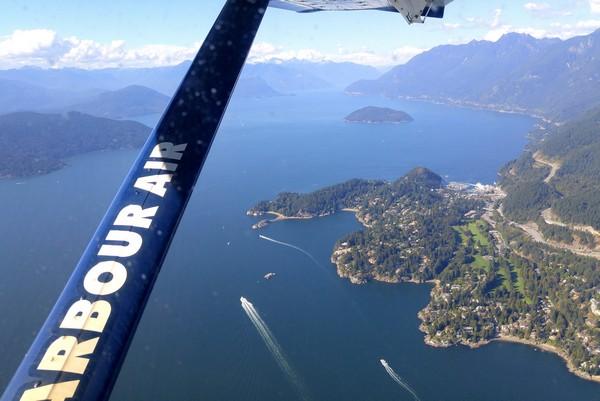 Flight to Comox Valley, British Columbia, #ExploreBCbyBus