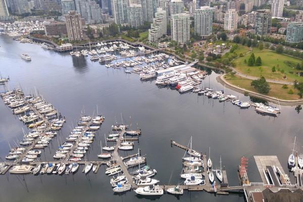 Seaplane flight in British Columbia, Vancouver, Coal Harbour, Marina, Stanley Park