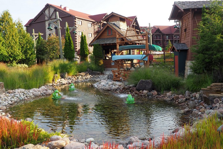 Mini Golf, Great Wolf Lodge in Niagara Falls, Ontario