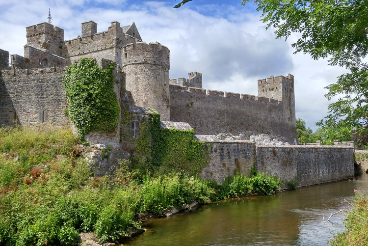 Cahir Castle, Ireland travel tips