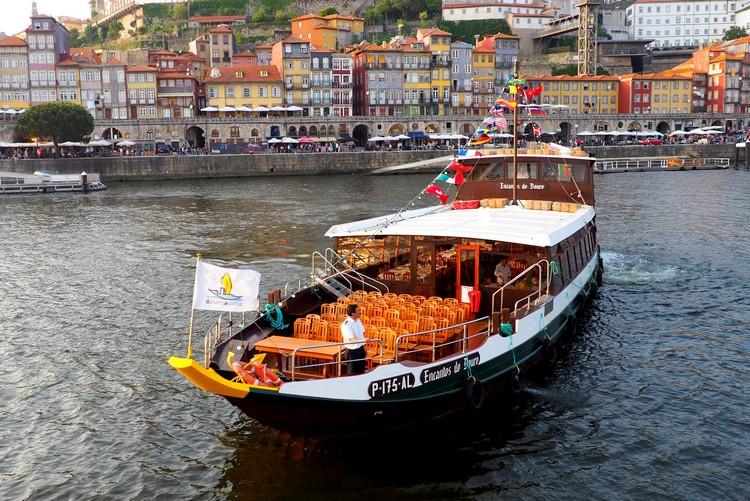 Boat tour, River Douro, Porto, Portugal