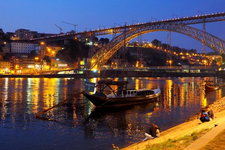 Dom Luís I Bridge, Porto, Portugal, River Douro