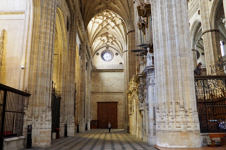 Inside the new Salamanca Cathedral, Spain
