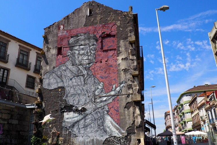 street art in Porto, Portugal
