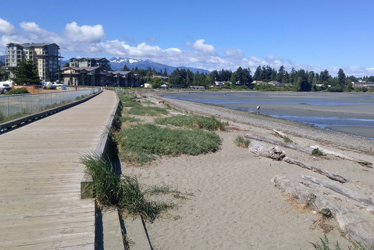 Parksville beach boardwalk, Vancouver Island travel