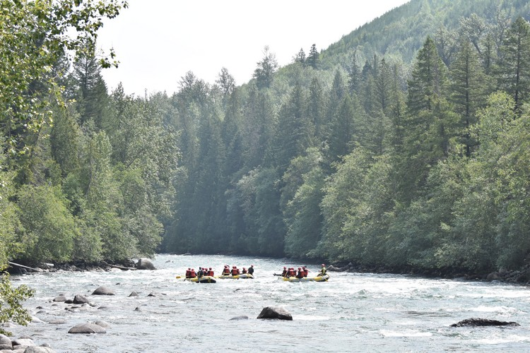 River rafting, Nahatlatch River, Reo Rafting