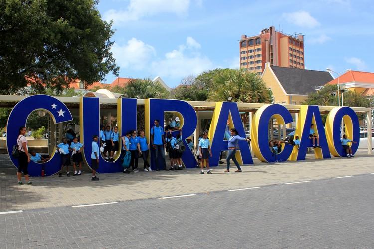 blue Curaçao sign