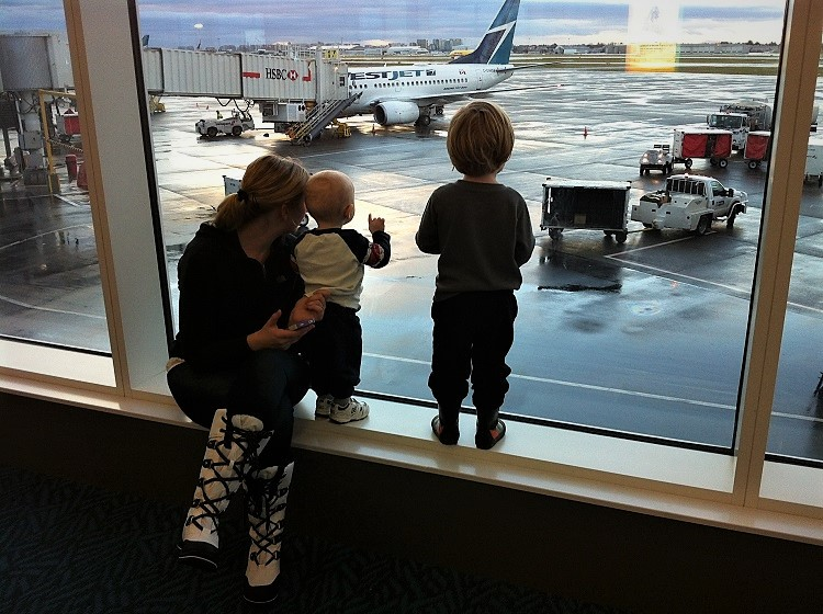 Should you bring a car seat when you travel with kids?