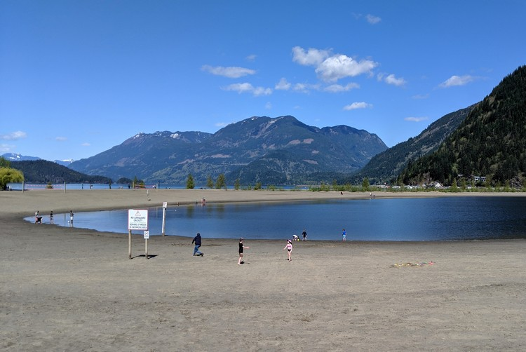 Family Beach, Harrison Lagoon, Harrison Lake, Fraser Valley, British Columbia