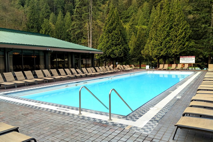 Harrison Hot Springs Resort Pools
