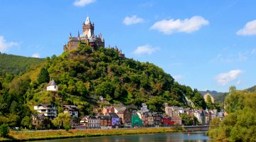 Why You Should Visit the Mosel Valley in Germany this summer