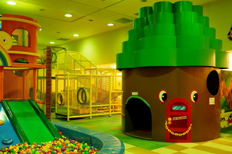 indoor playground at Treasures! Island at Sheraton Grande Tokyo Bay