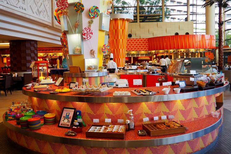 buffet restaurant at Sheraton Grand Tokyo Bay Hotel