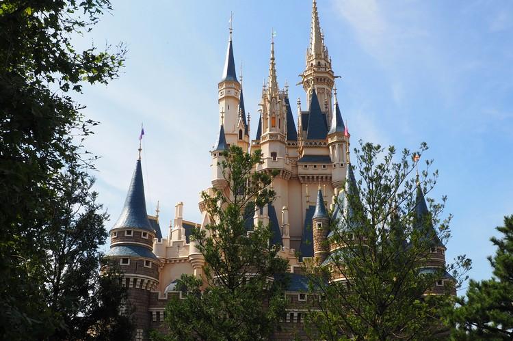 disney castle at Tokyo Disneyland in Japan