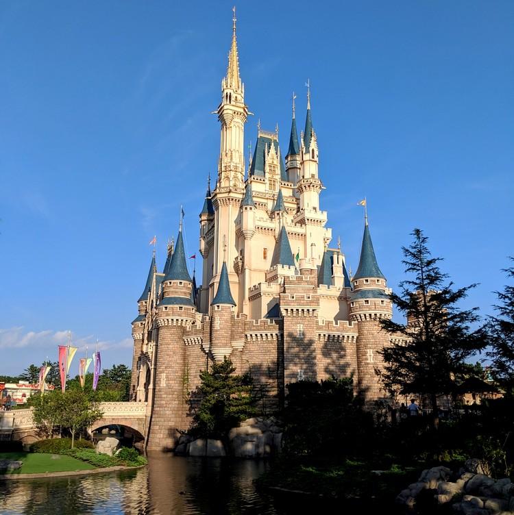 Cinderella Castle on a sunny day inside Tokyo Disney Resort
