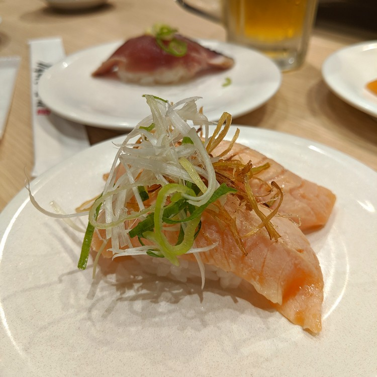 seared salmon nigiri sushi, tokyo japan sushi restaurant, food in Japan