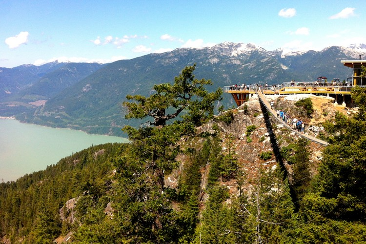 Things to do along the Sea to Sky Highway in British Columbia, Sea to Sky Gondola observation deck