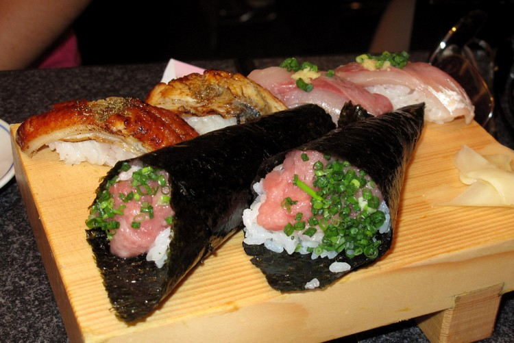 sushi cone, food in Japan for tourists