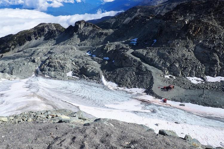 photo of Horstman Glacier, located onBlackcomb PeakinGaribaldi Provincial Park in Whistler British Columbia