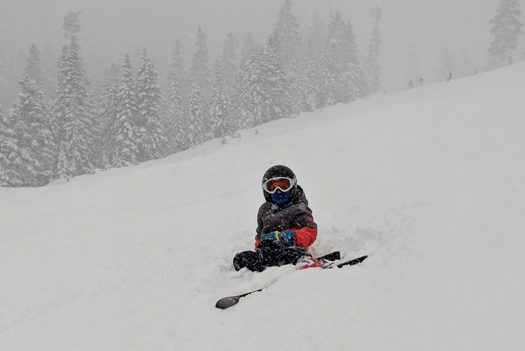 powder day at Sasquatch Mountain, skiing in fresh snow