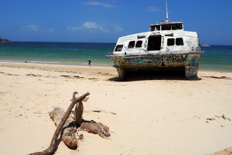shipwrecked ferry on Isla Contadora Panama Pearl Islands