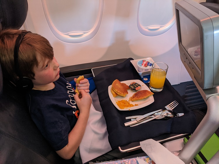Kids pancakes in Business Class on Copa Airlines