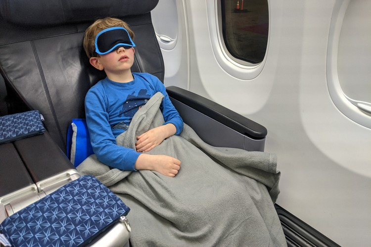 kids flying business class on copa airlines to Panama City