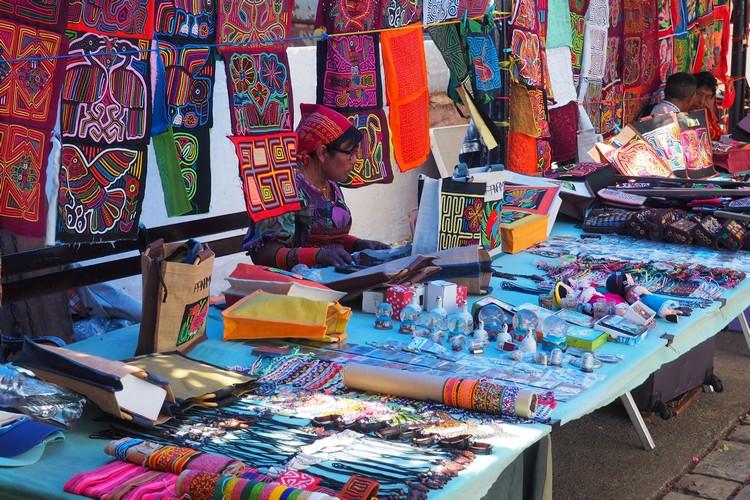 Paseo Las Bovedas Shopping in Casco Viejo Panama City