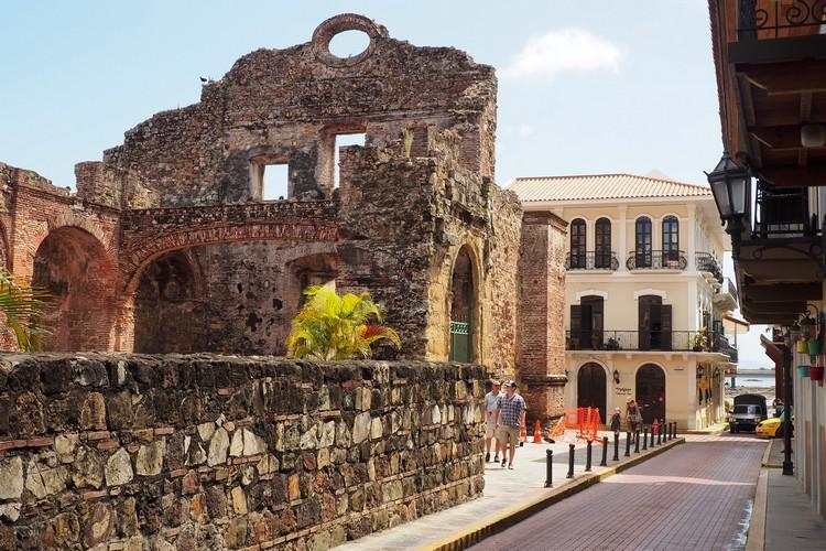 Iglesia de la Compania de Jesus, Panama City