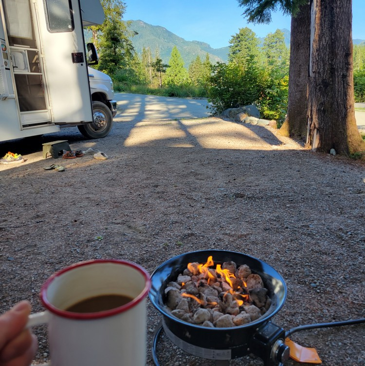 RV travel tips for beginners, camping with an RV for the first time